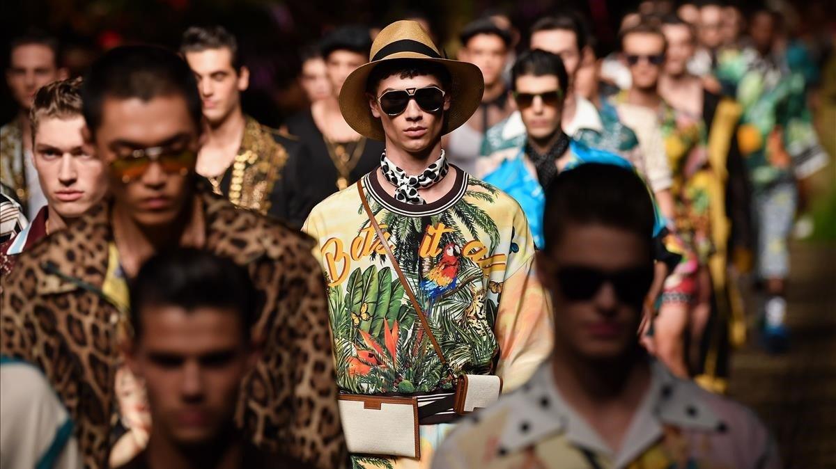 Lleopard, cuir i corbata, les tendències de l'estiu 2020