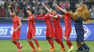 Los jugadores del PSG celebran la conquista de la Copa de la Liga el pasado sábado ante el Bastia.