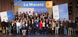 Autores, artistas y comunicadores, en la presentación del libro y el disco de La Marató de TV-3.