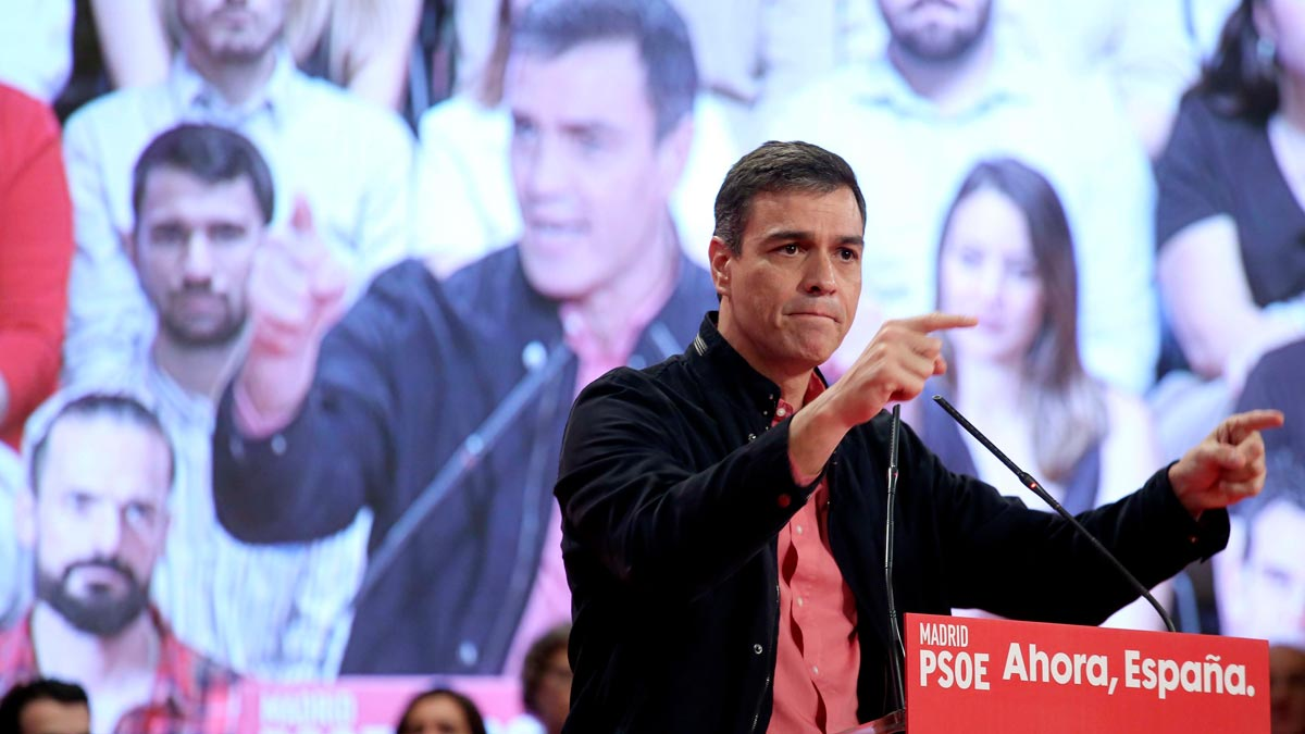 Pedro Sánchez, este domingo durante un mitin en Alcorcón (Madrid).