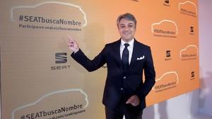 El presidente de Seat, Luca de Meo, en la presentacion de la campaña para elegir el nombre del nuevo SUV.