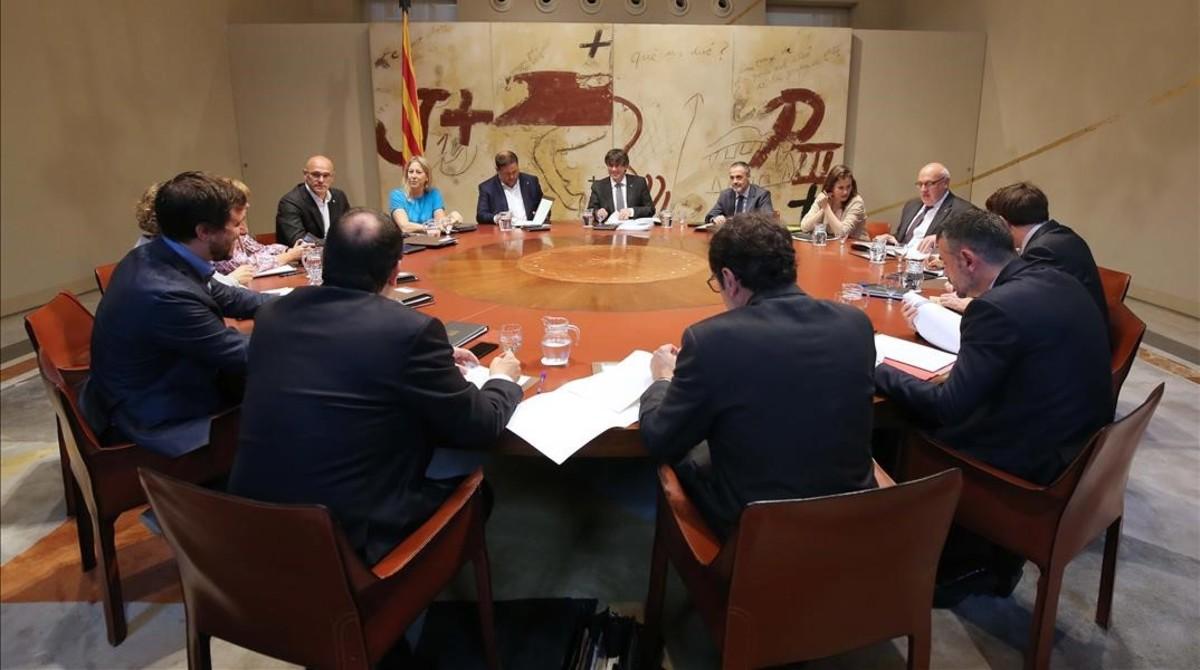 Reunión del Govern, este martes, en el Palau de la Generalitat.