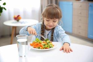 La Generalitat garanteix l'alimentació de la infància vulnerable durant l'estiu