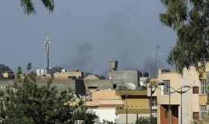 Ataques y bombardeo en Trípoli, Libia.