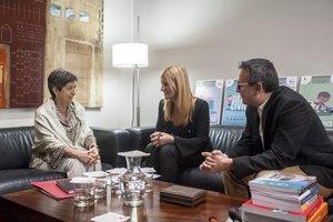 Teresa Cunillera, Ana María Martínez y el concejal Rafael Güeto este lunes en Rubí