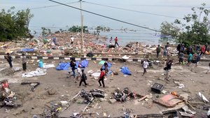Tsunami en Indonesia: al menos 48 muertos
