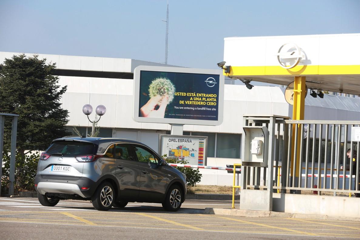 Opel anuncia la producción en exclusiva de la nueva generación de Corsa, tras pactar hace pocas semanasrecortes salariales con la plantilla.