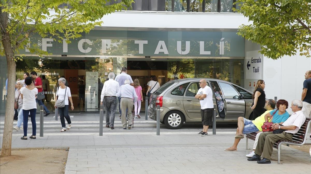 Exterior del Hospital Parc Taulí de Sabadell (Barcelona), en una imagen de archivo.