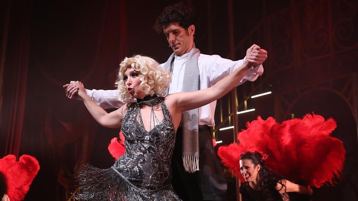 Gisela y Toni Viñals en una escena de Rouge, fantastic love.