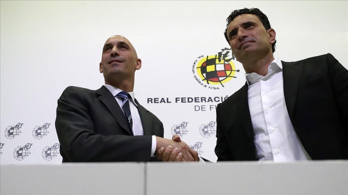 Luis Rubiales y José Francisco Molina, en la presentación del nuevo director deportivo de la FEF.