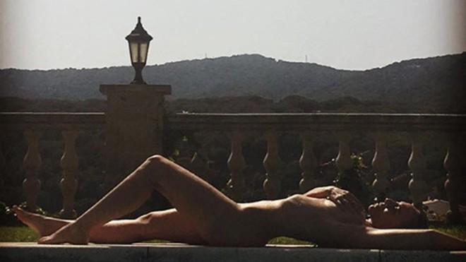 Mónica Naranjo agita Instagram amb un nu integral