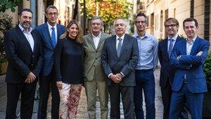 De izquierda a derecha: Joan Olle,Carles Casanovas,BlancaSorigué,Lluís Marsà, Pere Navarro,Ferran Font, Jordi Soldevila yJuan Velayos.