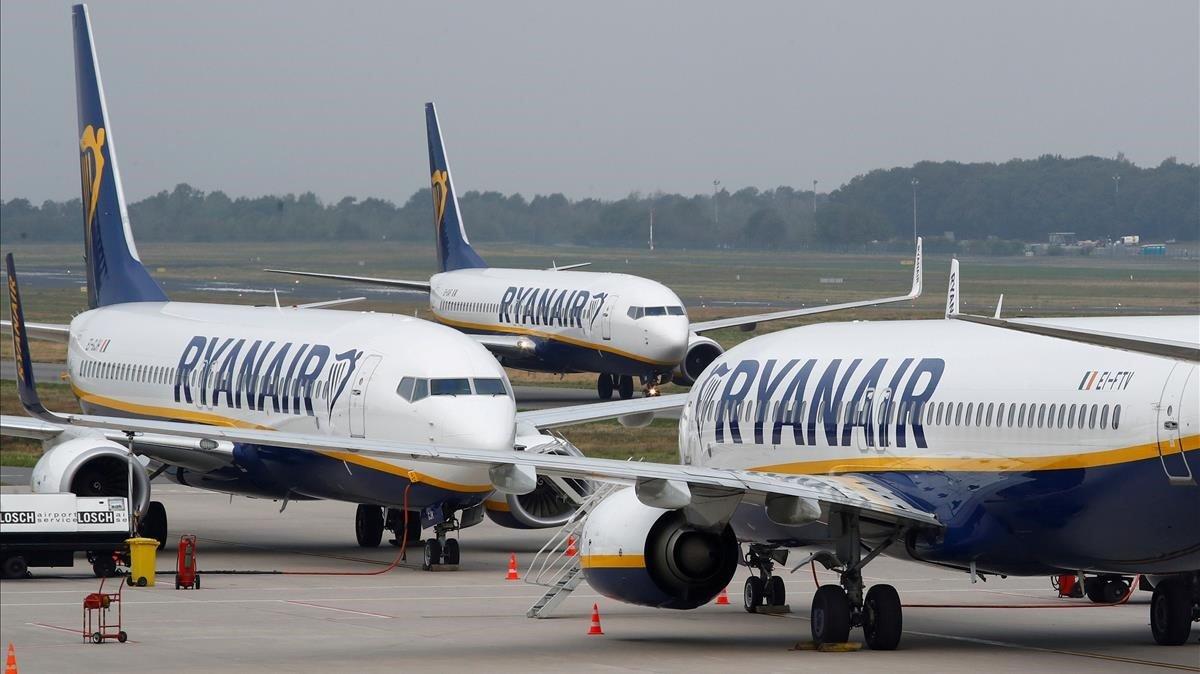 El nombre d'usuaris d'avió creix 6,2% punts més que el de l'AVE