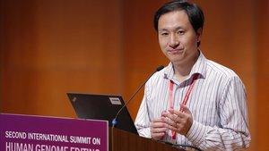 El biòleg He Jianku, brivall nacional a la Xina