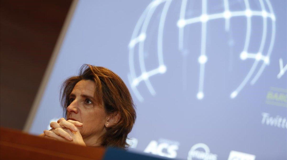 Teresa Ribera durante la inauguración del simposio de Funseam.
