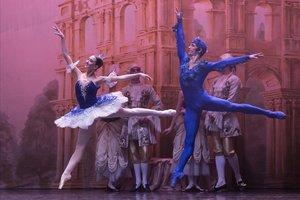 Aleksandr Saveliev(Pájaro Azul) yArina Varentseva(Princesa Florina) en 'La bella durmiente'.