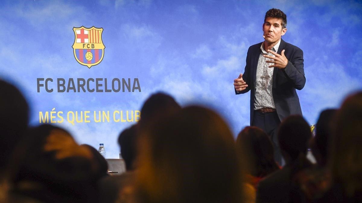 Sergio Medialdea, más conocido como 'el primo de Zumosol', durante el simposio sobre acoso escolar celebrado este martes.