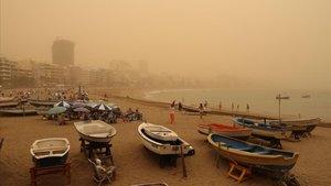Polvo en suspensión procedente del Sáhara hace un mes en la isla de Gran Canaria.