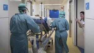 El ball de xifres desllueix els èxits d'Espanya en la lluita contra el coronavirus