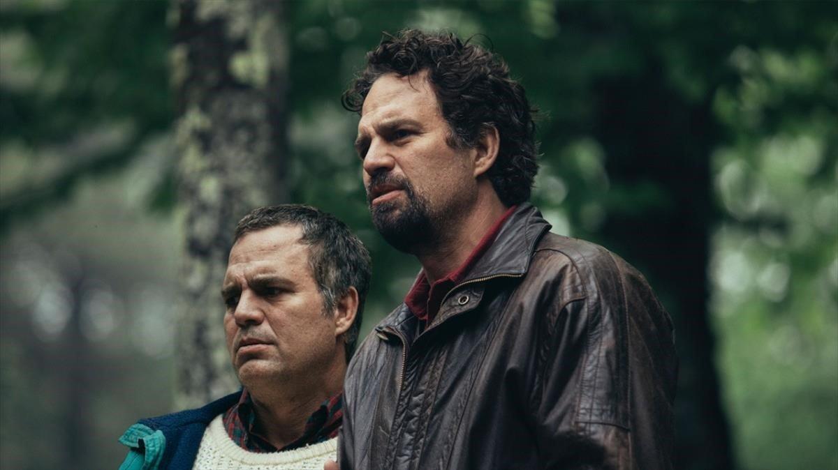 Mark Ruffalo y Mark Ruffalo en 'La innegable verdad'. // HBO