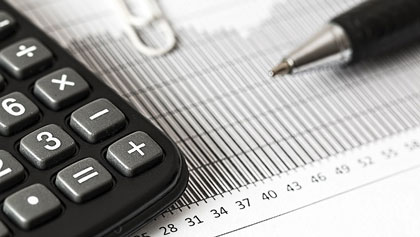 """El cuestionado """"impuesto de las hipotecas"""" paraliza la compraventa de pisos"""