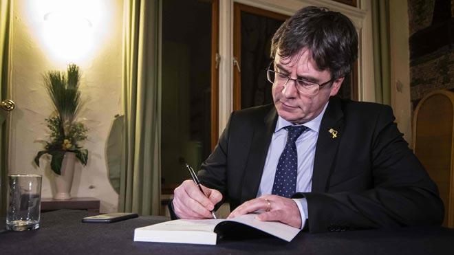 El PSOE, el PP i Cs s'alien per impedir l'entrada de Puigdemont a l'Eurocambra