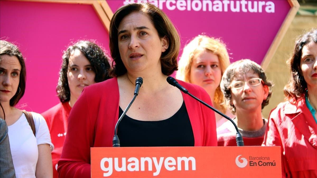 Ada Colau, durante la rueda de prensa en la que ha propuesto medidas sobrefeminismo.