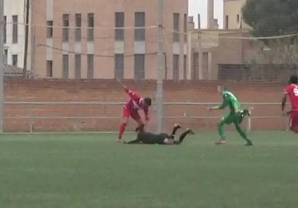 Brutal agressió a un àrbitre de Primera Regional a Saragossa