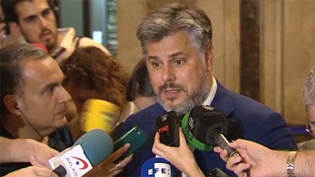 Albert Batet ha negado que su consistorio haya hecho ningún encargo sobre el referéndum.