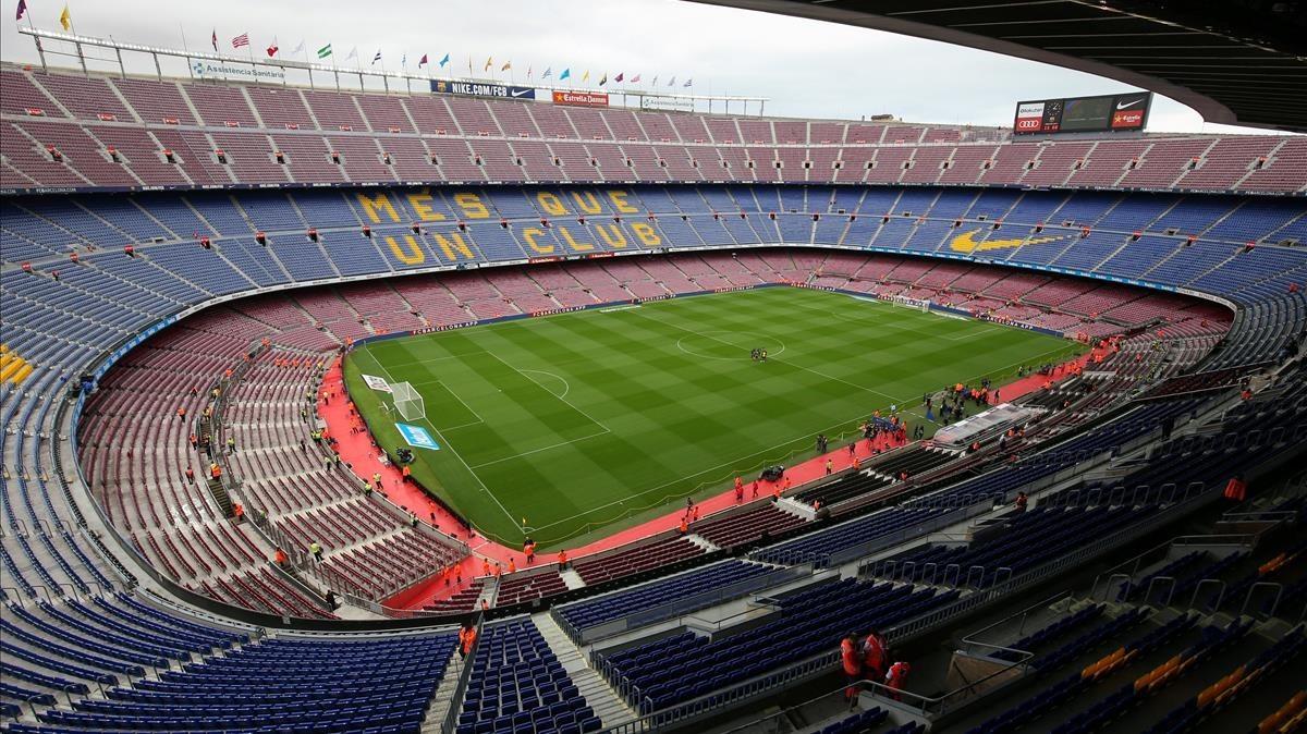 El Camp Nou, con las gradas vacías a pocos minutos del inicio del Barça-Las Palmas.