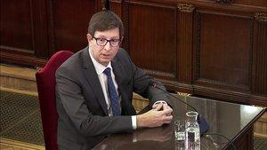 Carles Mundó responde a las preguntas de la fiscalía, este miércoles en el Tribunal Supremo.