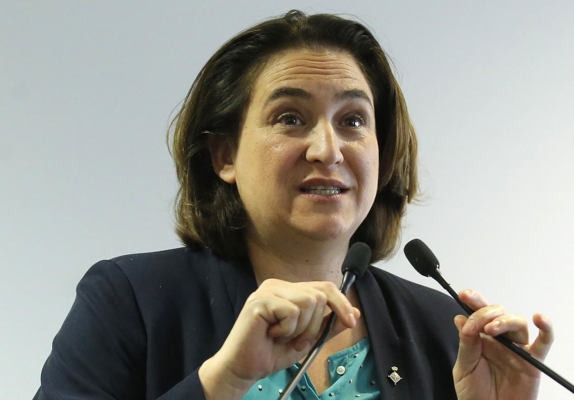 Ada Colau rechaza el posible ingreso en prisión de Carles Puigdemont.
