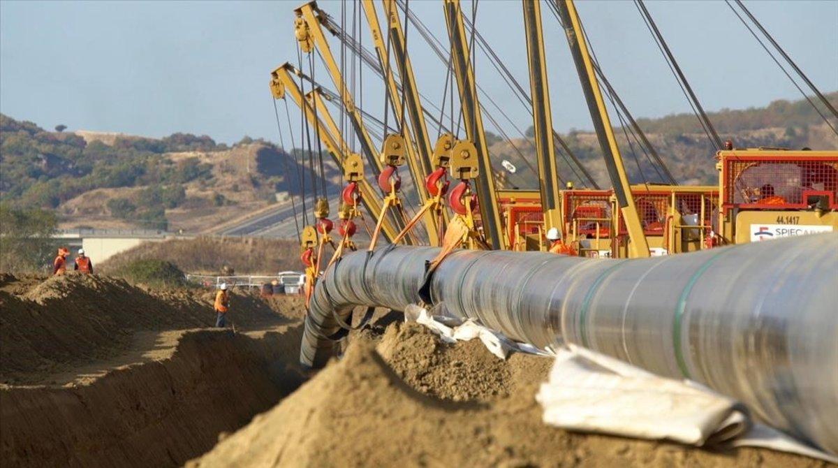 Construcción de un gasoducto.
