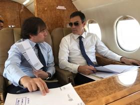 Twitter fa broma amb el primer viatge oficial de Pedro Sánchez