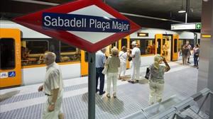 Ferrocarrils inaugura tres noves estacions a Sabadell