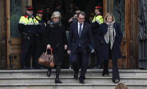 Irene Rigau, Artur Mas y Joana Ortega salen del TSJC el pasado 10 de febrero.