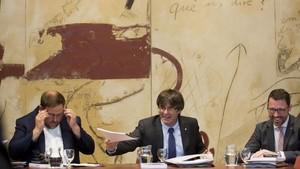 Junqueras, Puigdemont y Cullell, en el Consell Executiu de este martes.