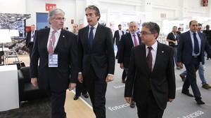 Jordi Cornet,Íñigo Gómez de la Serna y Enric Millo, durante la inauguración del Meeting Point.