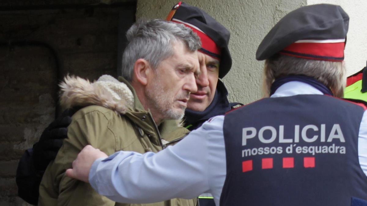 Jordi Magentí tras el registro de su vivienda, en febrero del presente año.