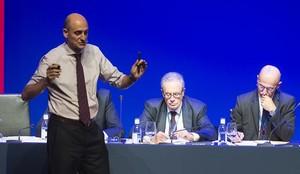 Jordi Moix habla a los compromisariosdel Barça en la Asamblea del 2015.