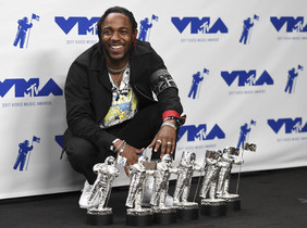 El raper Kendrick Lamar triomfa en els premis MTV Video Music Awards
