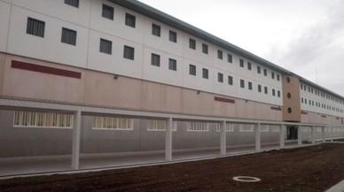 Interior vacía la cárcel de Archidona y reubica a los últimos migrantes en otros CIE