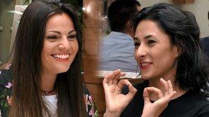 Laura y Gaby en el restaurante de 'First Dates'.