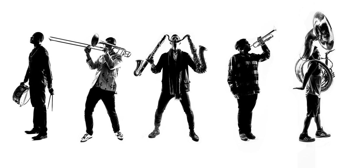 Los Lucky Chops abren esta noche en el Coliseum estefestival musical de agosto.