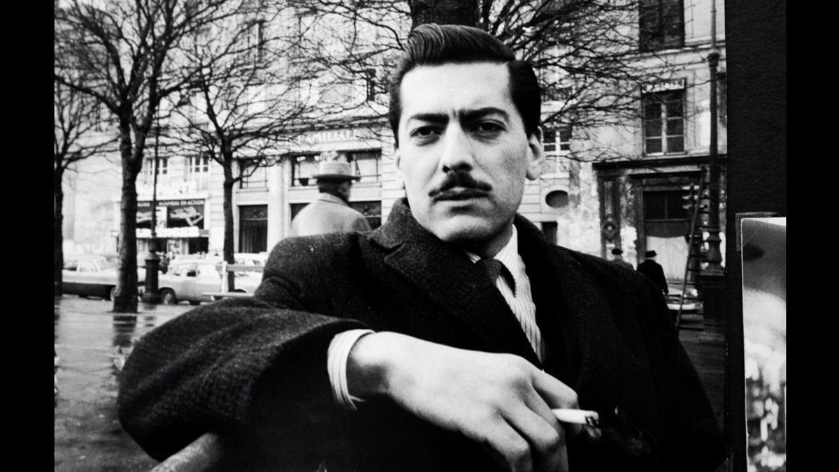 Mario Vargas Llosa, en su etapa en París, a principios de los años 60.