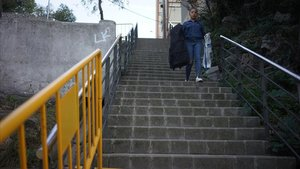 Zona donde se harán obras para instalar escaleras mecánicas en Ciutat Meridiana.