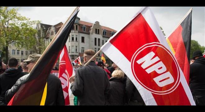 Alemania intenta ilegalizar el partido neonazi