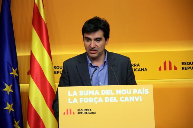 El portavoz de ERC, Sergi Sabrià, en una rueda de prensa.