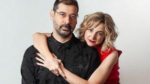 Jordi Prat Coll y Anna Moliner, director y presentadora de la gala de los Premis Gaudí 2020.