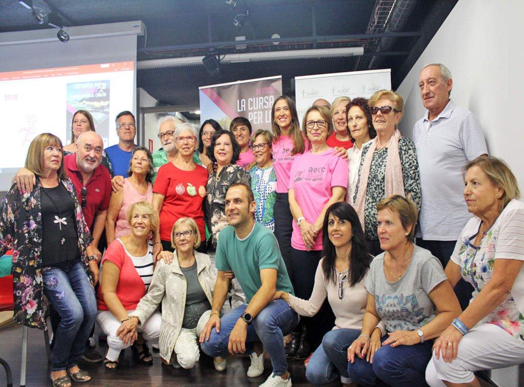 Presentación de laCursa per la vida de la AECC en Santa Coloma de Gramenet.